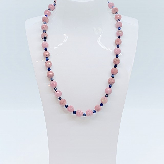 PINK AGATE AND LAPIS LAZULI NECKLACE